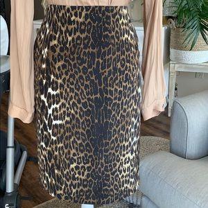 Hold!! Ellie Tahari Skirt. US 10